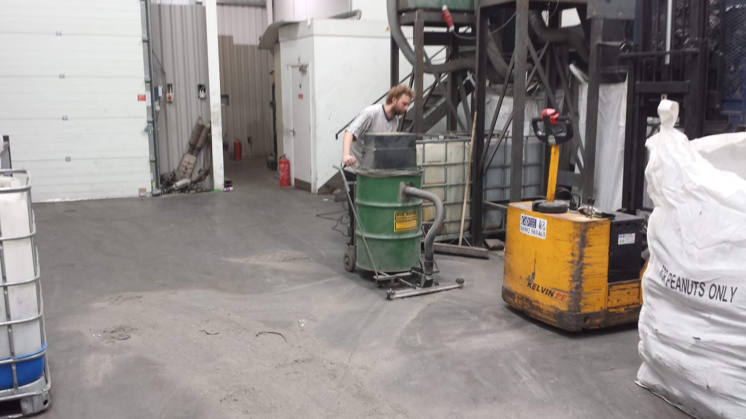 A Class Metals Cleaning Up Large Dusty Floors With The Big Brute Warehouseman Industrial Vacuum Cleaner