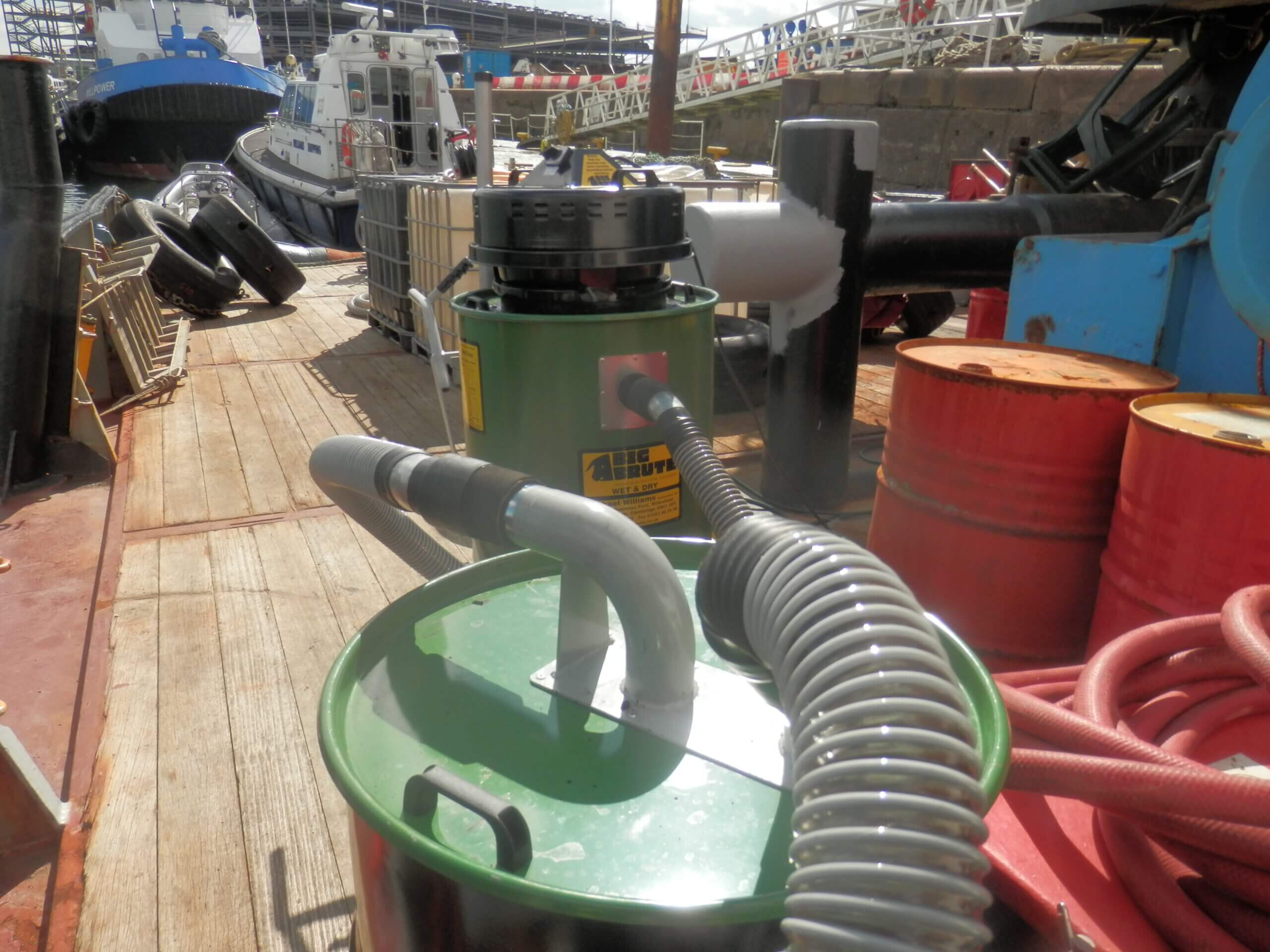 Soltron Fuel Cleaning Tanks With The Big Brute Wet & Dry Industrial Vacuum Cleaner